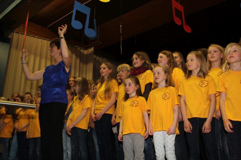 Bunter Abend 40 Jahre Kinder-und Jugendchor 48